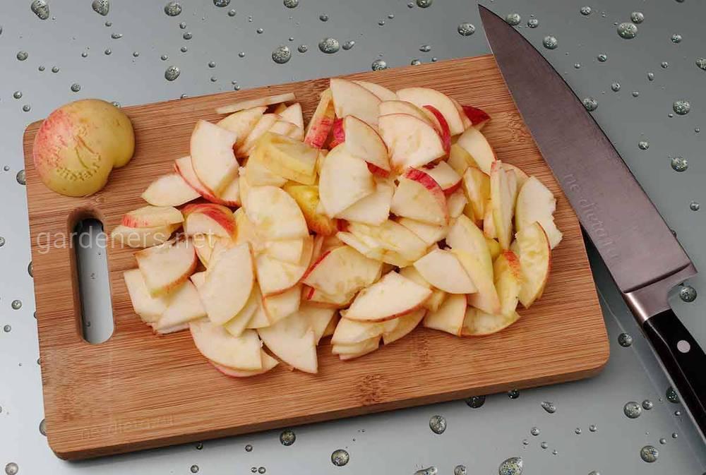 Карамелизированные яблоки для начинки