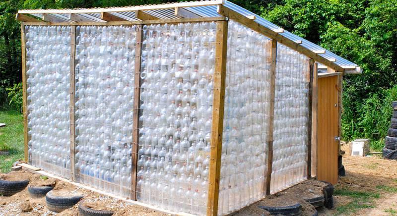 Теплиця з пластикових пляшок своїми руками: ТОП-5 варіантів конструкцій (Частина 1)