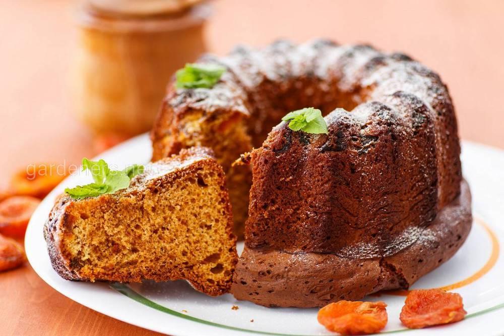 Медовый кекс с орехами на кефире