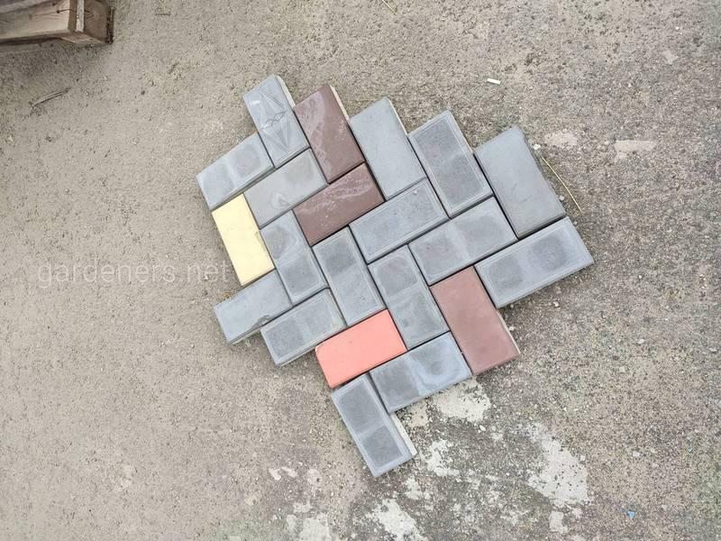 Цветная уличная плитка