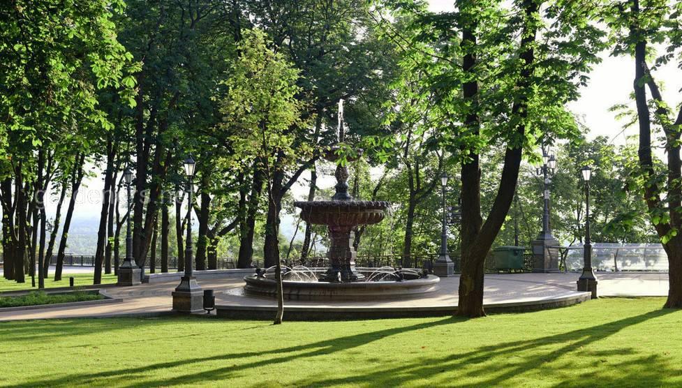Парки Киева Владимирская горка