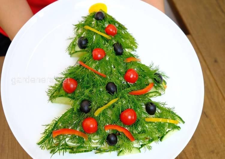Любимый салат в форме елочки