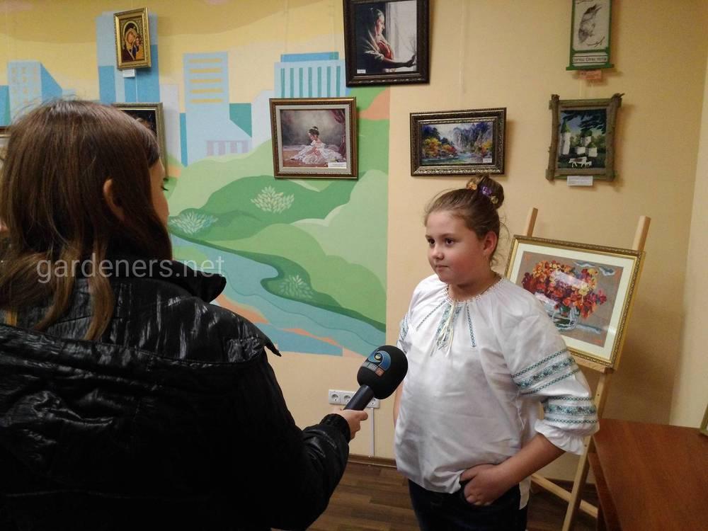 Открытие выставки сопровождалось телесъёмкой