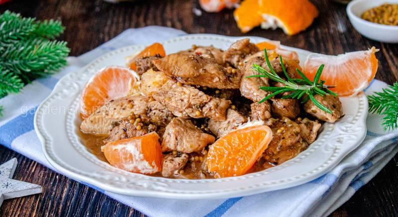 Курица с мандаринами – главное блюдо новогоднего стола