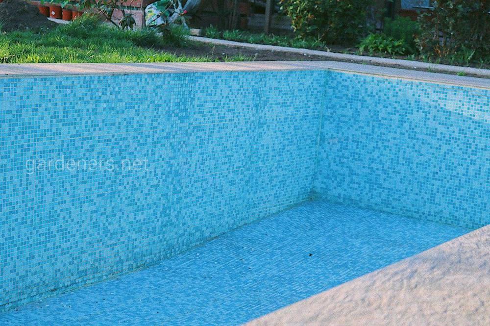 Керамическая мозаика для бассейна