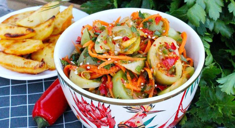 Салат с зелёными помидорами по-корейски