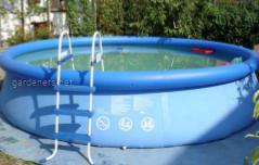 Наземный бассейн с лесницей