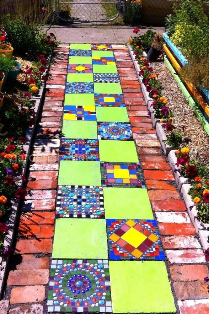Антитоп матеріалів для будівництва садових стежок