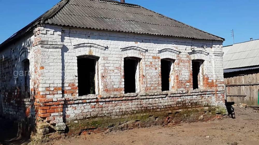 Восстановить старый кирпичный дом