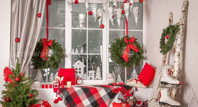 Як прикрасити вікна на Різдво