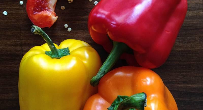 Перець болгарський: як визначити «стать» цього чудового овочу? Користь перцю для організму людини