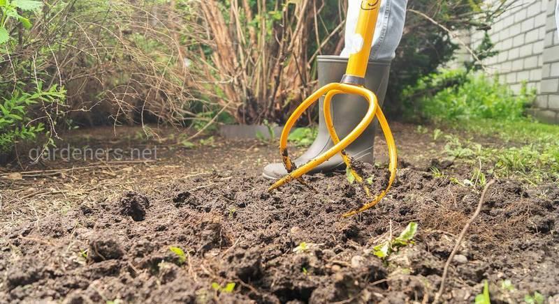 Садовый корнеудалитель