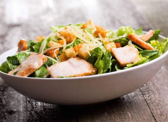 Класичний салат Цезар