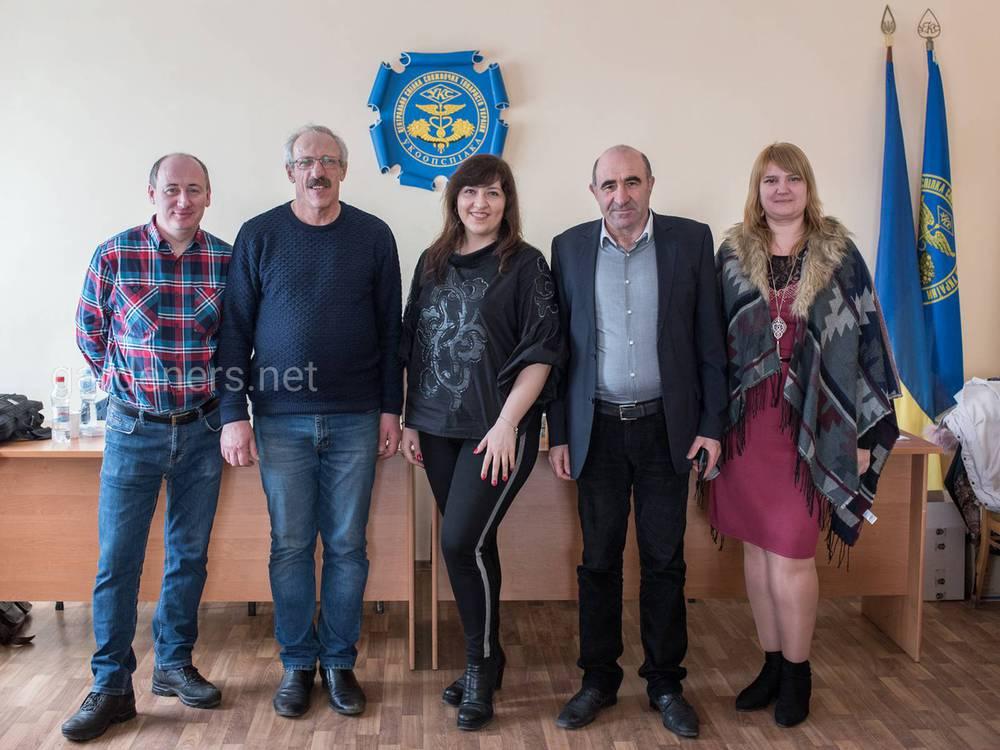 Дякуємо Українському проекту бізнес-розвитку плодоовочівництва та Центру розвитку та правової підтримки села