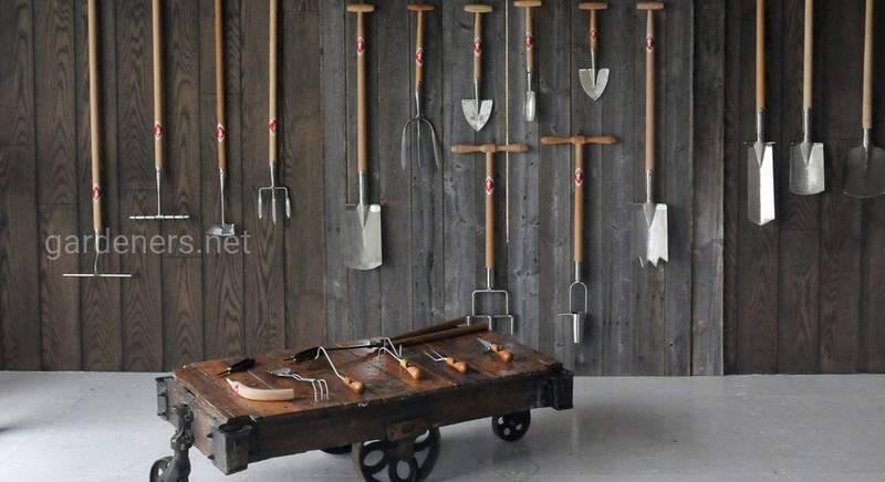Як і де зберігати садові інструменти