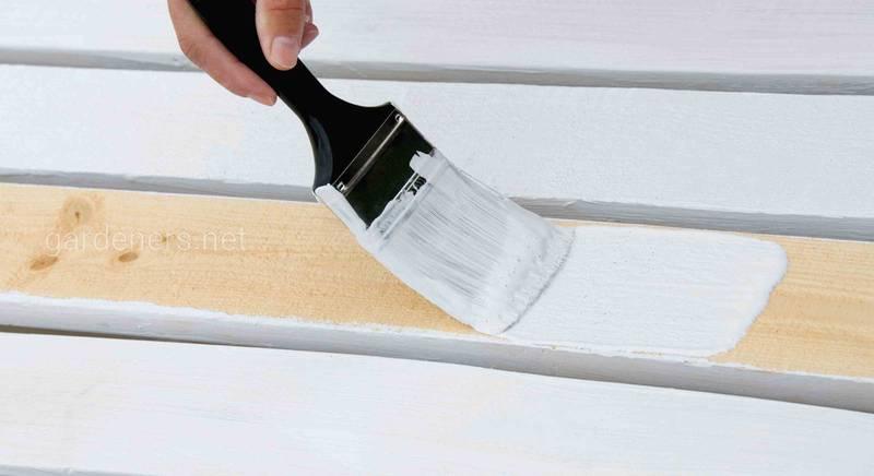 Экономим на стройке: краска для дерева своими руками