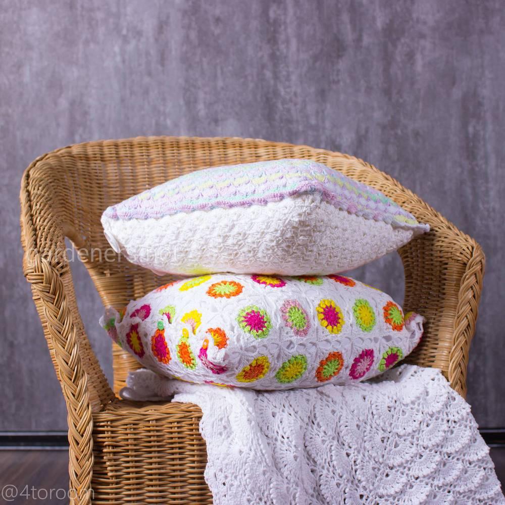 Вязаные подушки ручной работы