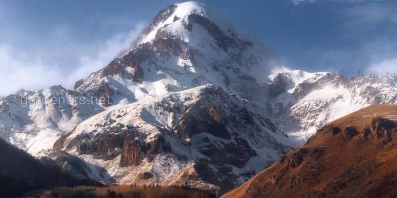 В июле мы идём на Казбек (5,033 м)