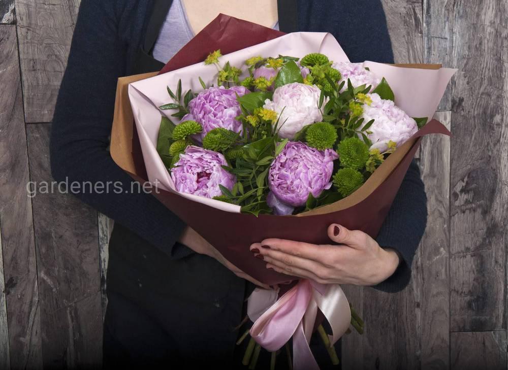 Букет цветов для коллеги