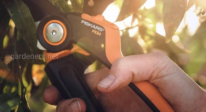 инструменты Fiskars.jpg