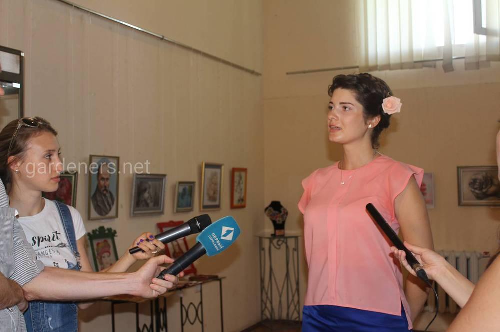 Открытие выставки сопровождалось телесъёмкой ведущих телеканалов Одессы.