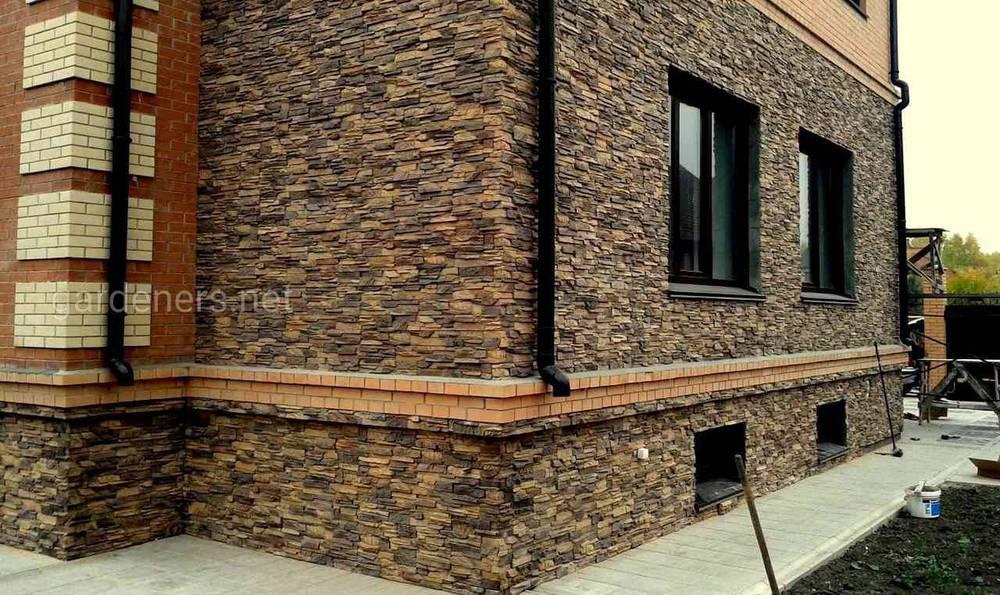 Отделка фасада декоративным и натуральным камнем