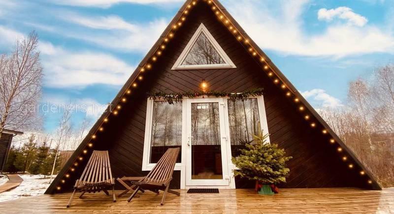 Що таке трикутний будинок, його плюси та мінуси