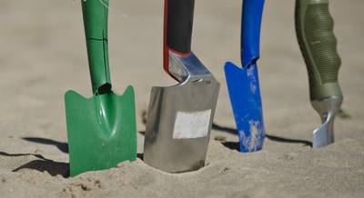 Разновидность лопат и их использование