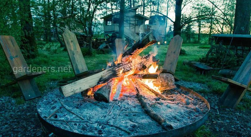 Як спорудити та безпечно використовувати вогнище на дачі?