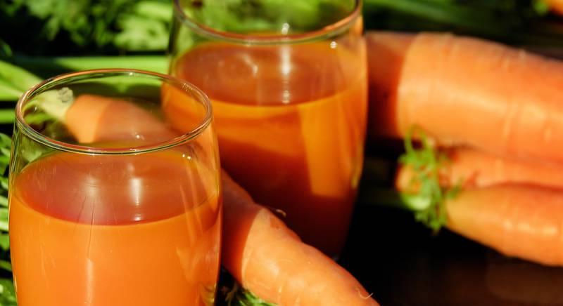 carrot-juice-juice-carrots-vegetable-juice-162670.jpeg