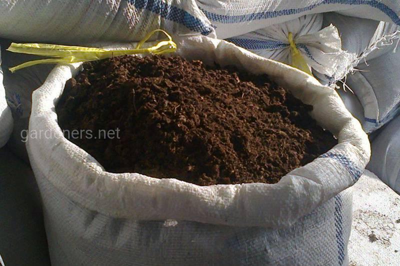 Зимова підгодівля ґрунта для вдалого врожаю!