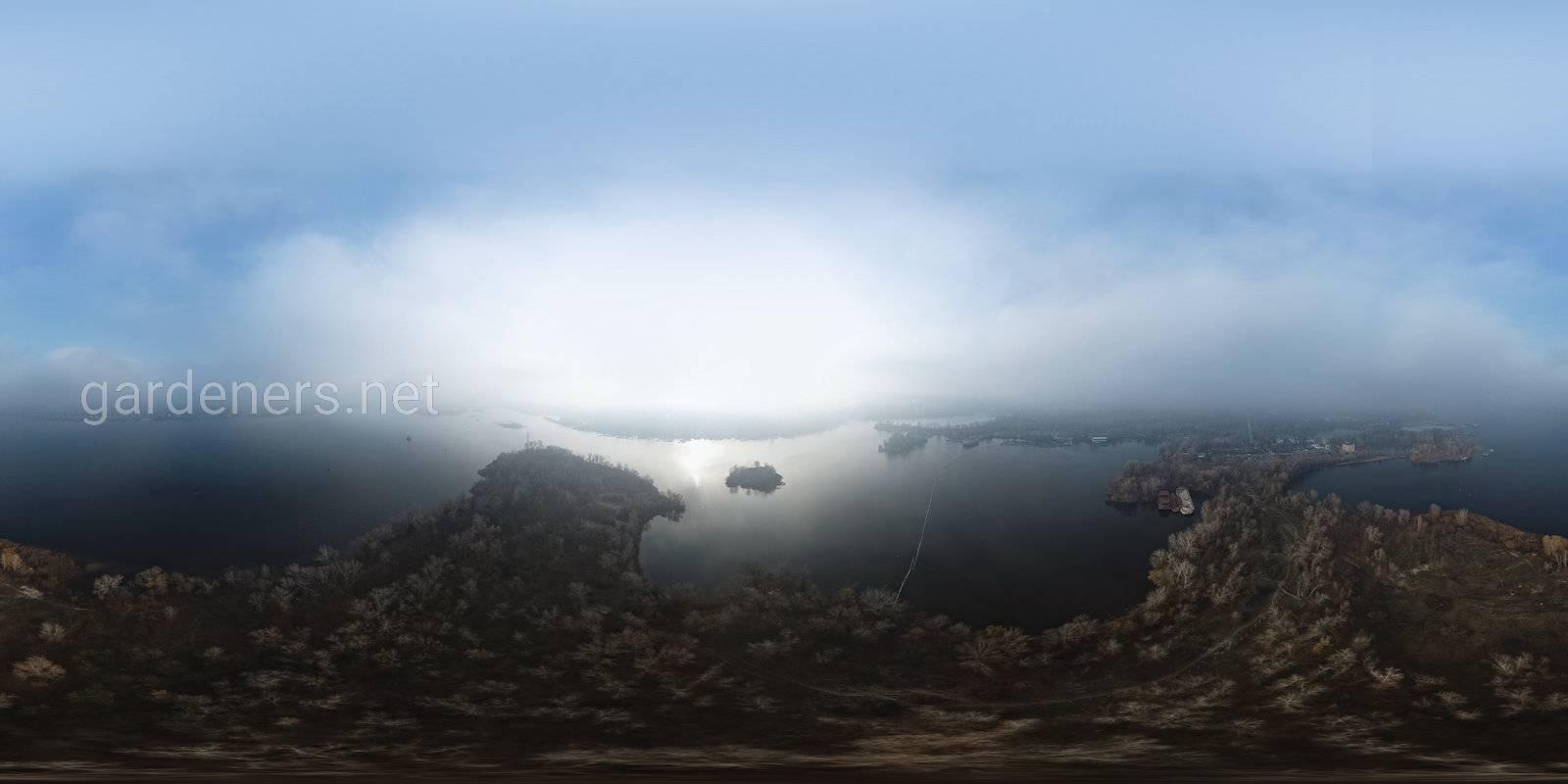 Зеленый Киев. Берег Днепра в районе Выдубичей