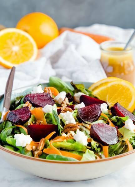 Морквяний салат із буряком та апельсином